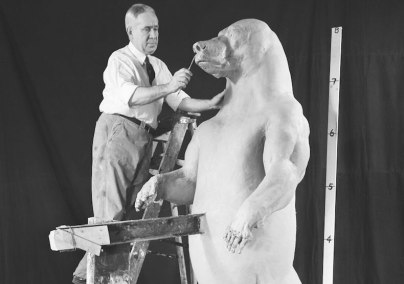 Robert Rockwell sculpts the internal model for AMNH's taxidermied brown bear. Source: Scientific American.