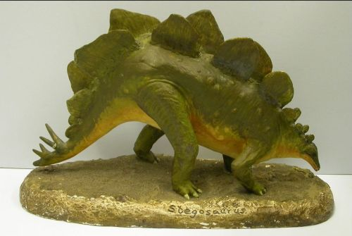 Stegosaurus model in plaster of paris. Image courtesy of the Hunterian Museum and Art Gallery.
