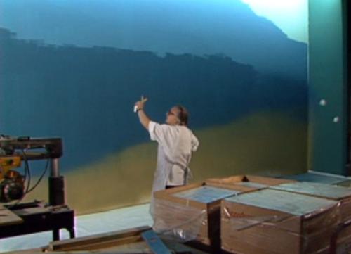 kish pretends to paint